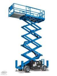 Platforma pentru lucru la inaltime Genie - GS 3369 RT