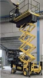 Platforma pentru lucru la inaltime Airo - SF 1000 D 4WD